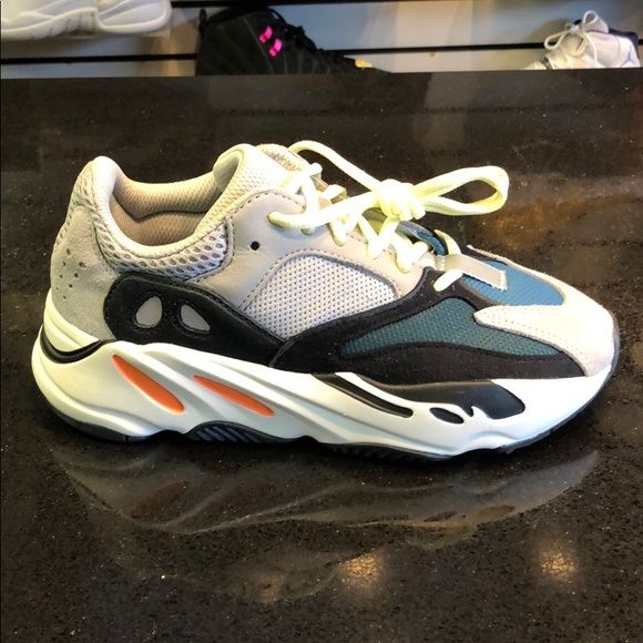 new product 8915e 2c811 Yeezy Wave Runner 700 Boutique